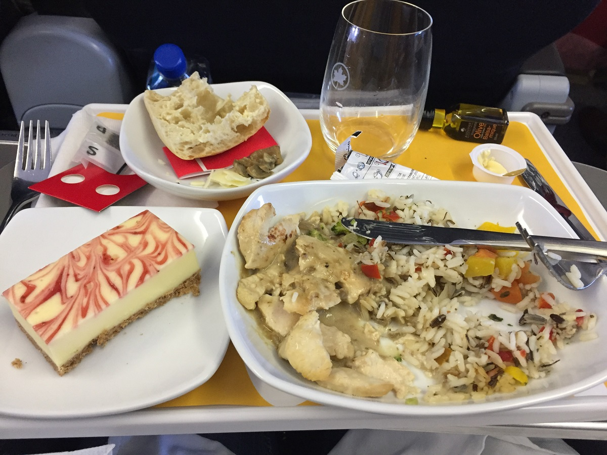 Air Canada Business Class Return Meal Travels Trips Amp Tails